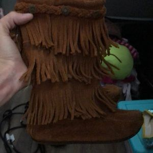 Minnetonka brown fringe Boots 1